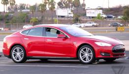 Estimated delivery dates for both Tesla Model S trims pushed back by several months